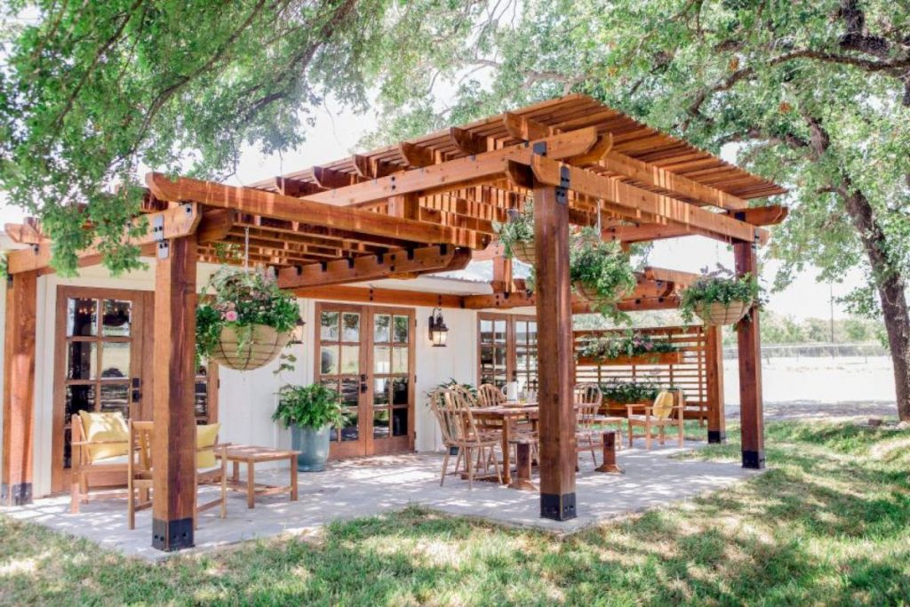 Garden and Patio Decorations For Great Outdoor Living